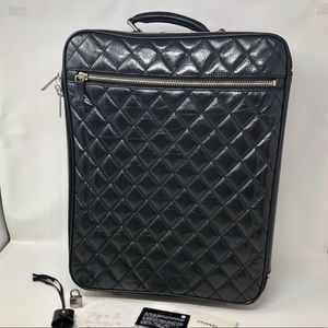 Diamond Quilted Carry On Trolly Rolling Suitcase